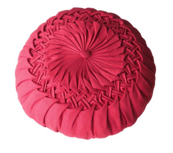 coussin plis rouge vintage
