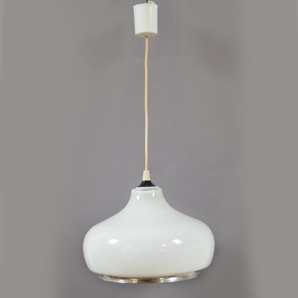 suspension opaline cloche années 60