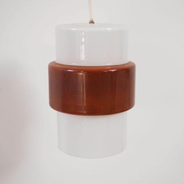 petite suspension opaline marron années 60