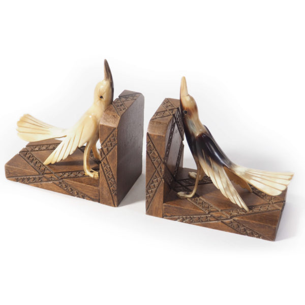 serre livres bois oiseaux corne lucinevintage