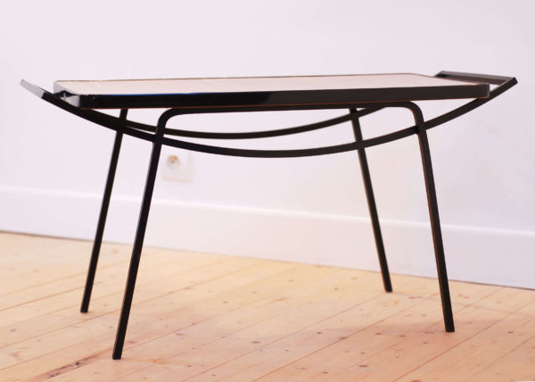 table pieds fer bambou vintage