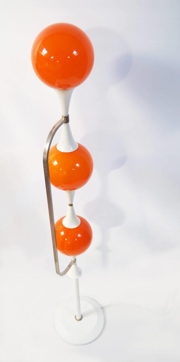 lampadaire opalines boules oranges lucinevintage