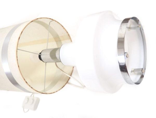 lampadaire opaline blanche et inox lucinevintage