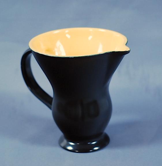 pichet céramique noir vallauris