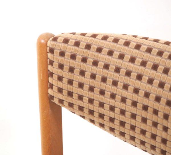 chaise-traineau-annees80-velours-2