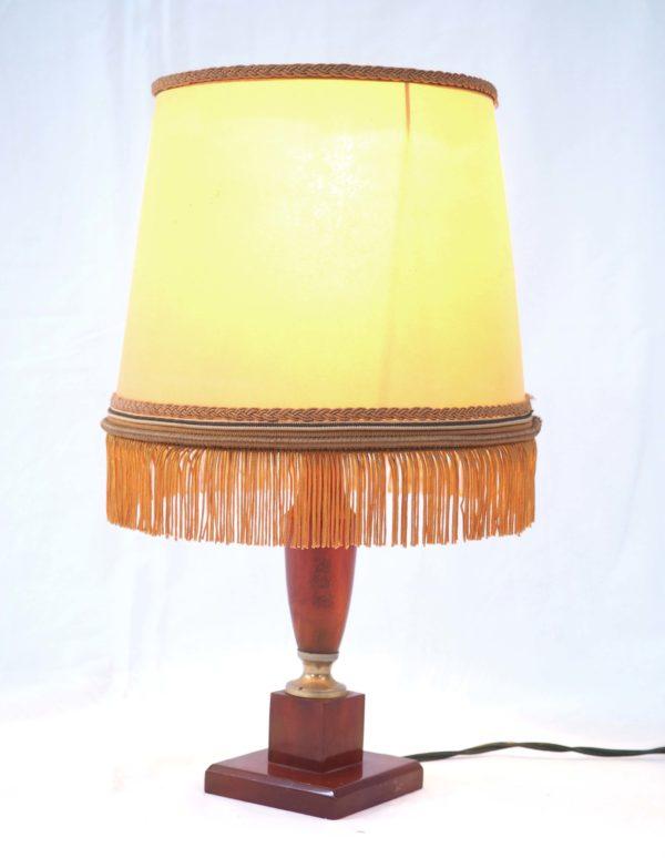 petite-lampe-neclassique-bakelite-3