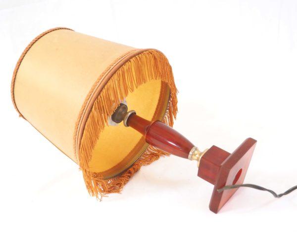 petite-lampe-neclassique-bakelite-4