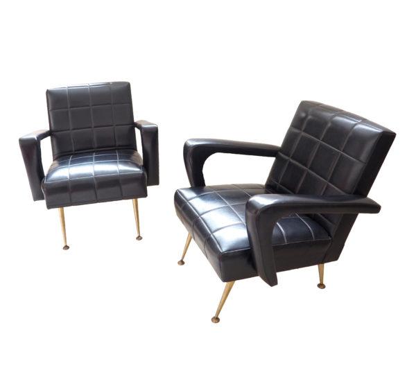 fauteuils-annees50-skai-noir-accoudoirs-1